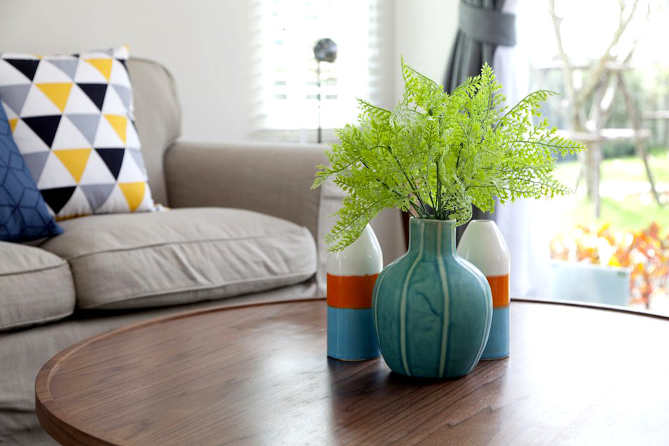 Vase on table in living room